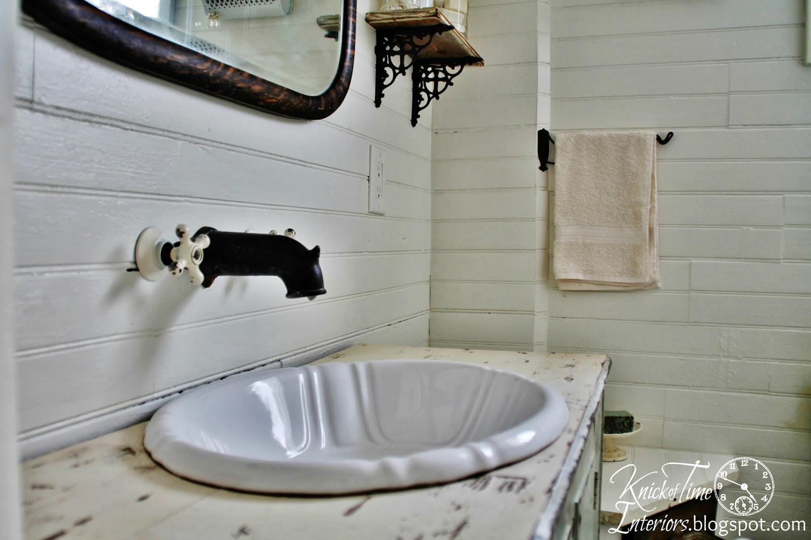 Farmhouse-Sink-Bathroom-Remodel-Knick of Time