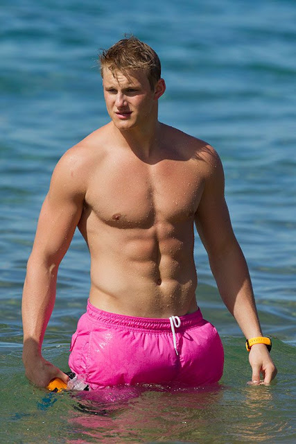 Alexander ludwig shirtless