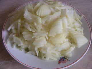 ceapa, ceapa pentru placinta, retete cu ceapa, preparate cu ceapa, retete de post, preparate de post, retete culinare, preparate culinare, placinta cu ceapa, placinta de ceapa,