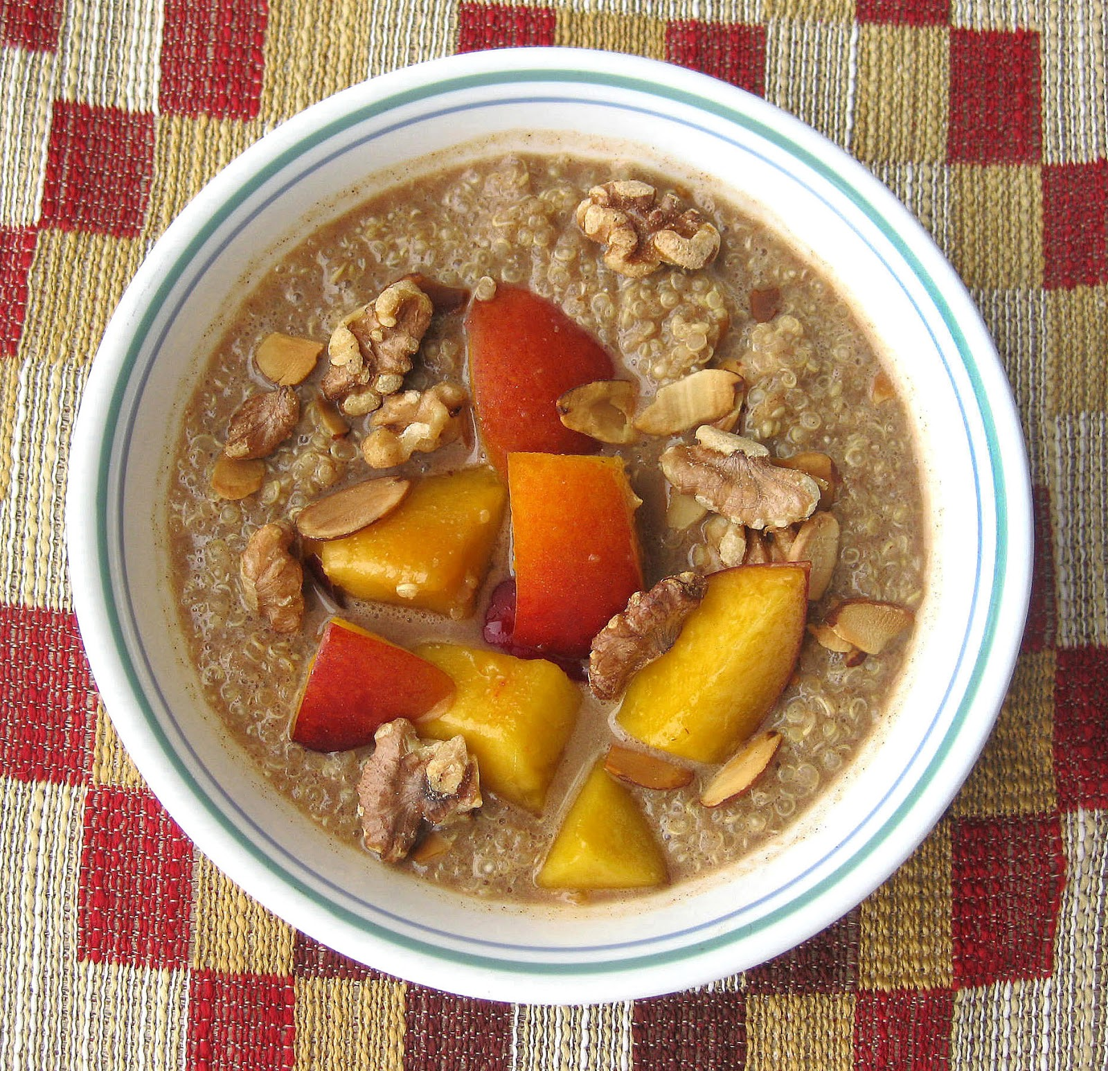 ... : Recipe #365: Hot Quinoa Cereal with Nuts, Cinnamon, & Nectarines