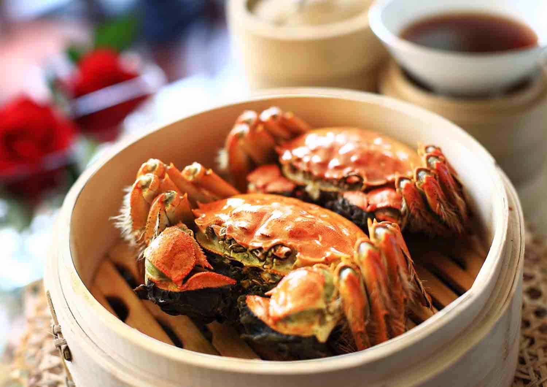 Menikmati Kelezatan Kepiting Berbulu Asal Shanghai