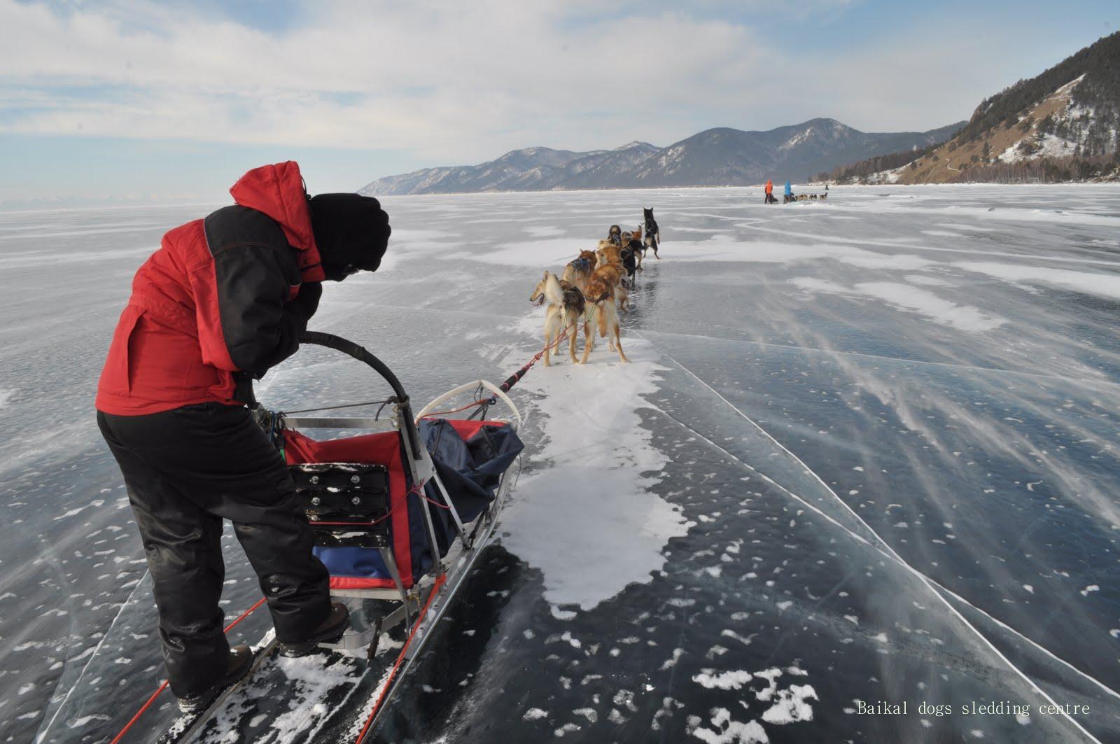в пути по Байкальскому льду