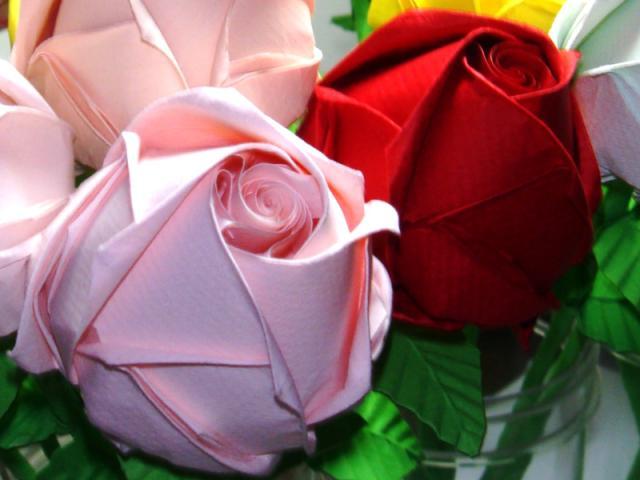 Papercraft origami flowers papercraft origami rose tutorial mightylinksfo