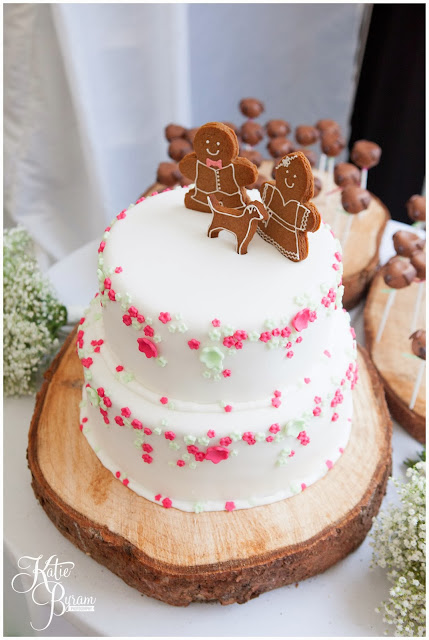 gingerbread cake, unusual car topper, gingerbread bride and groom, shugar cake company, high house farm brewery, northumberland wedding, farm wedding, quirky wedding, alternative wedding photography, high house farm, brewery wedding, matfen brewery, matfen wedding, yap bridal boutique, wildflowers, katie byram photography, floral wedding, vintage wedding