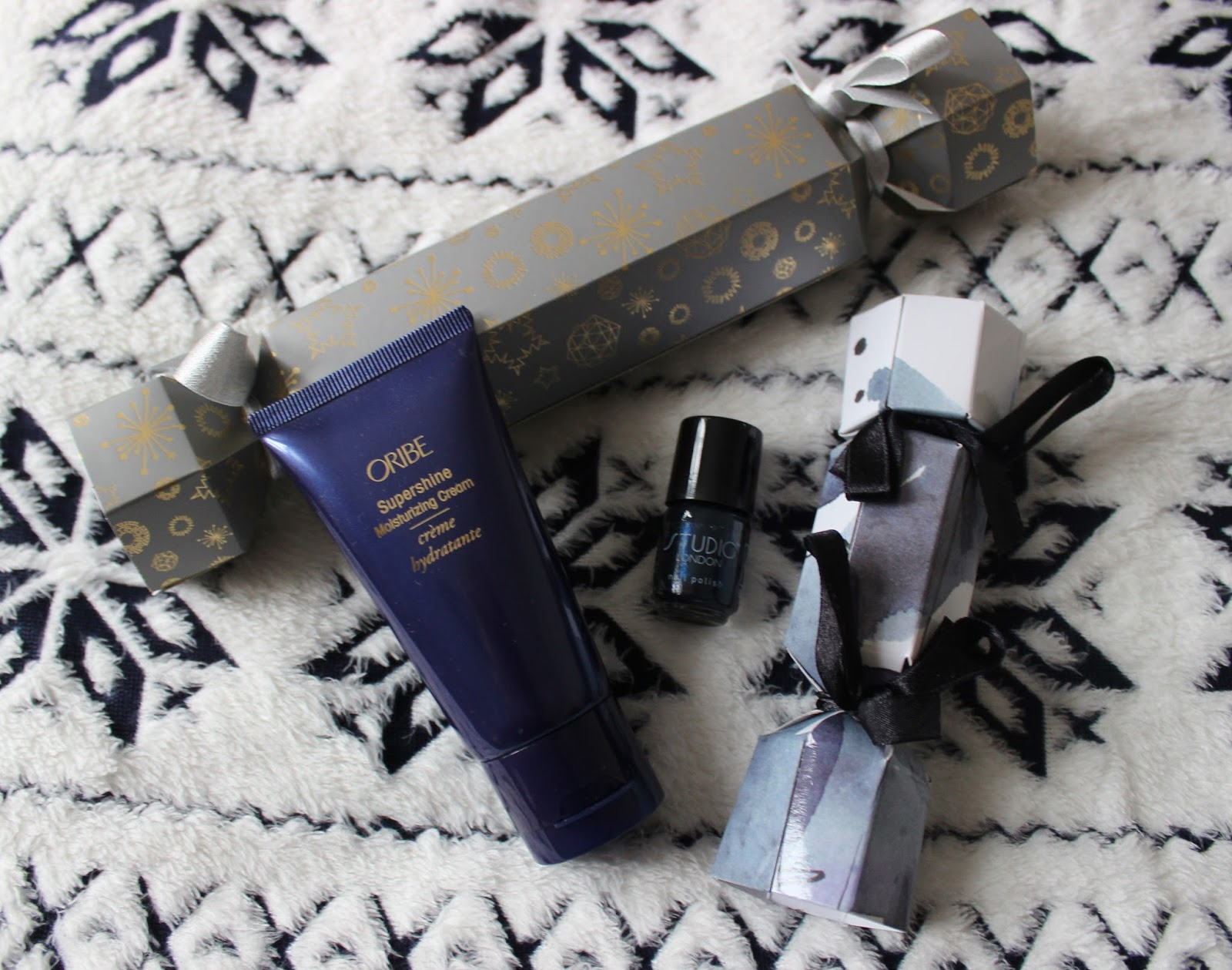 beauty christmas crackers from space nk and studio