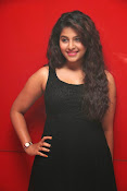 anjali sizzling photos in black-thumbnail-20