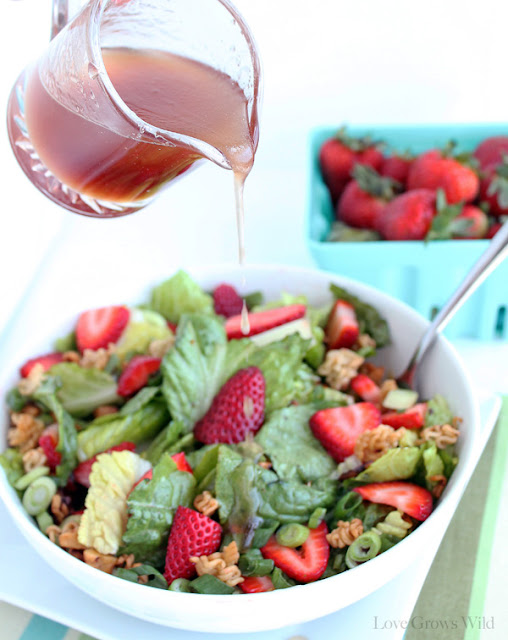 Crunchy Romaine Strawberry Salad by LoveGrowsWild.com for Sumo's Sweet Stuff #salad