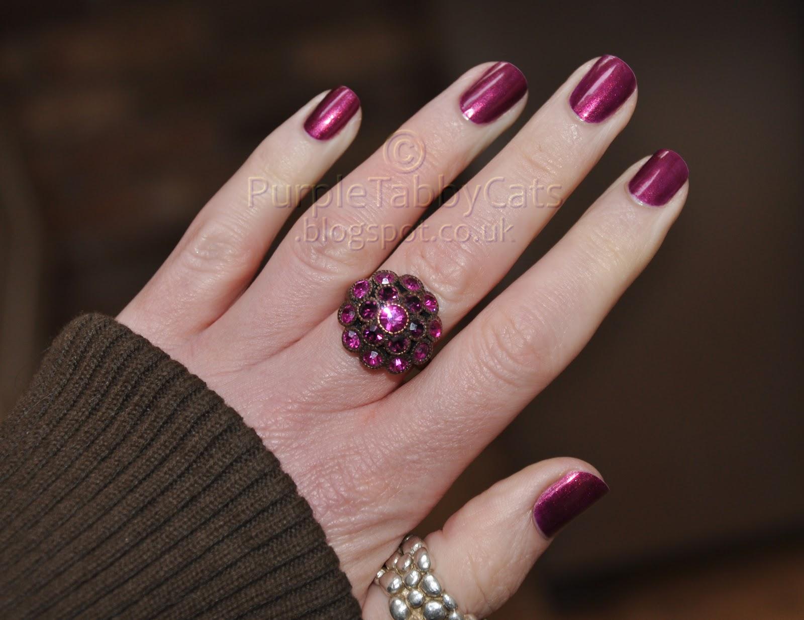 Opi nail lacquer diva of geneva nail ftempo - Diva nails roma ...