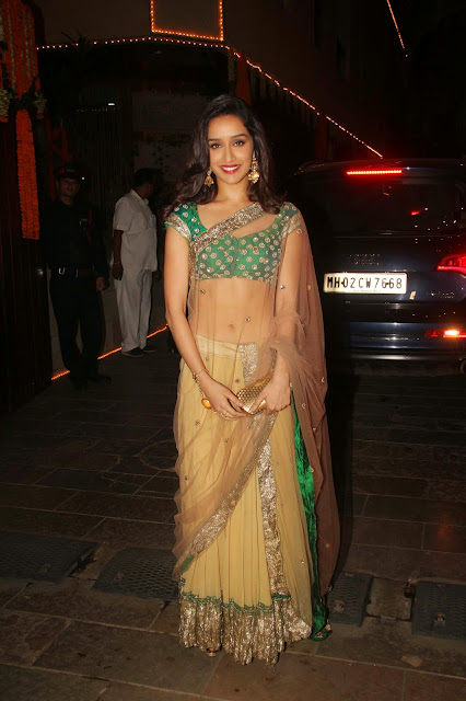 Bollywood Beauties Shraddha Kapoor Sonakshi Sinha and others in Beautiful Designer Sarees at Amitabh Bachchan Diwali 2014 Party