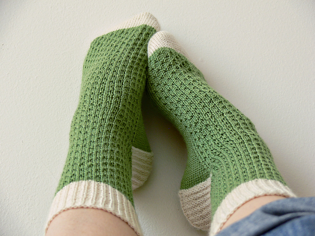 Knitting Pattern Magic Loop Socks : Sewing is for girls: Magic loop sock pattern on Ravelry