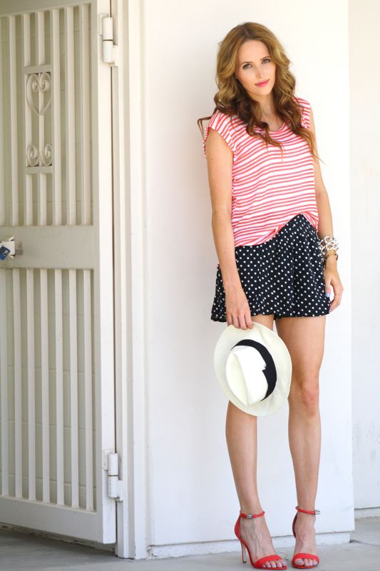 Mixed Prints- Personal Style Blogger- Golden Divine Blog-Polka Dot Shorts- Striped Top-Panama Hat