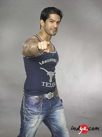 Dare to bare:Hot Indian TV Actors: Amit Tandon