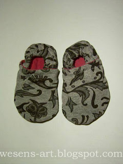 more babyshoes 1    wesens-art.blogspot.com