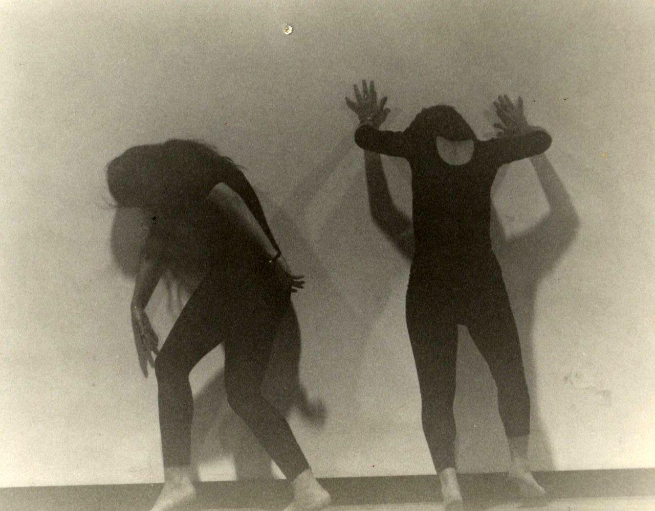 VÍDEOS DEL GRUPO ALDANZ (precursor del grupo Artesanato) dirigido por Mercedes Ridocci