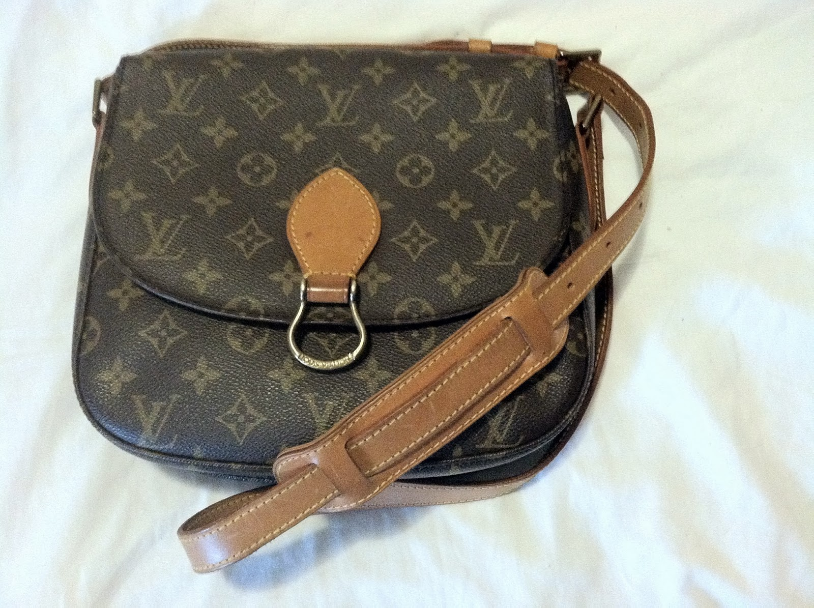lv how louis supplies coutureusa vuitton to clean purses cadillac blog bags bag safely