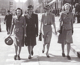 1940s fashion style