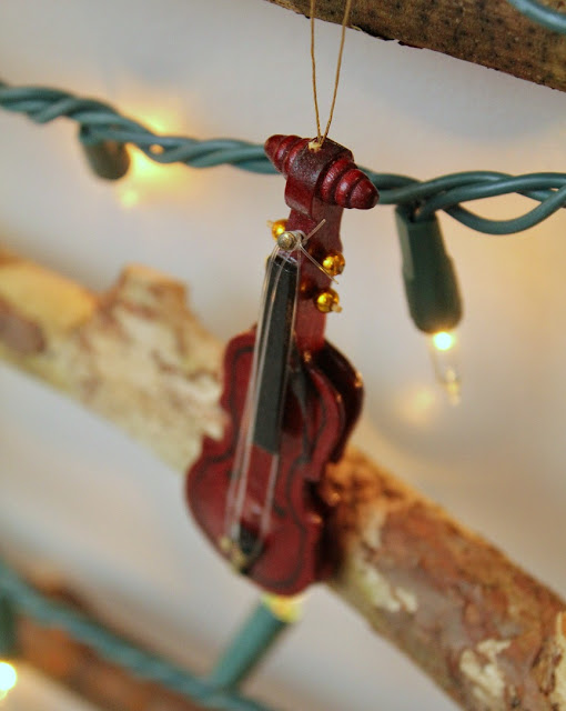 violino ornamento - Tartarugas e Tails blogue