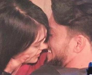 Amedeo e Alessia bacio