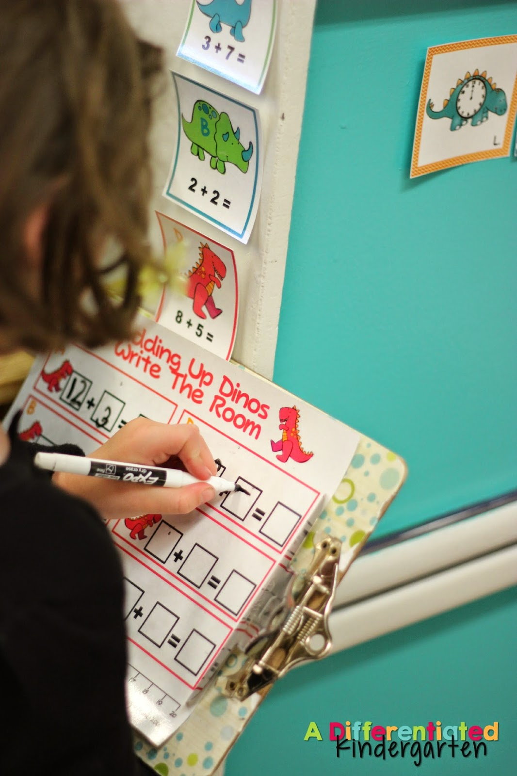 This blog post has daily schedules for a kindergarten classroom including Math Stations