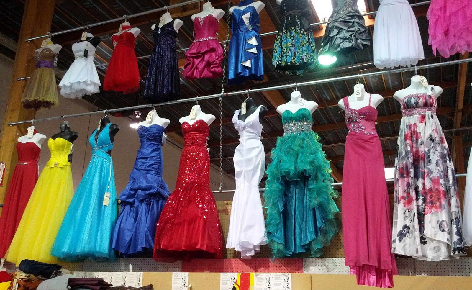 Tacoma Prom And Quince Dresses - Holiday Dresses