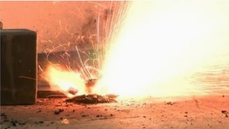 Baterai Lithium Berisiko Terbakar di Pesawat