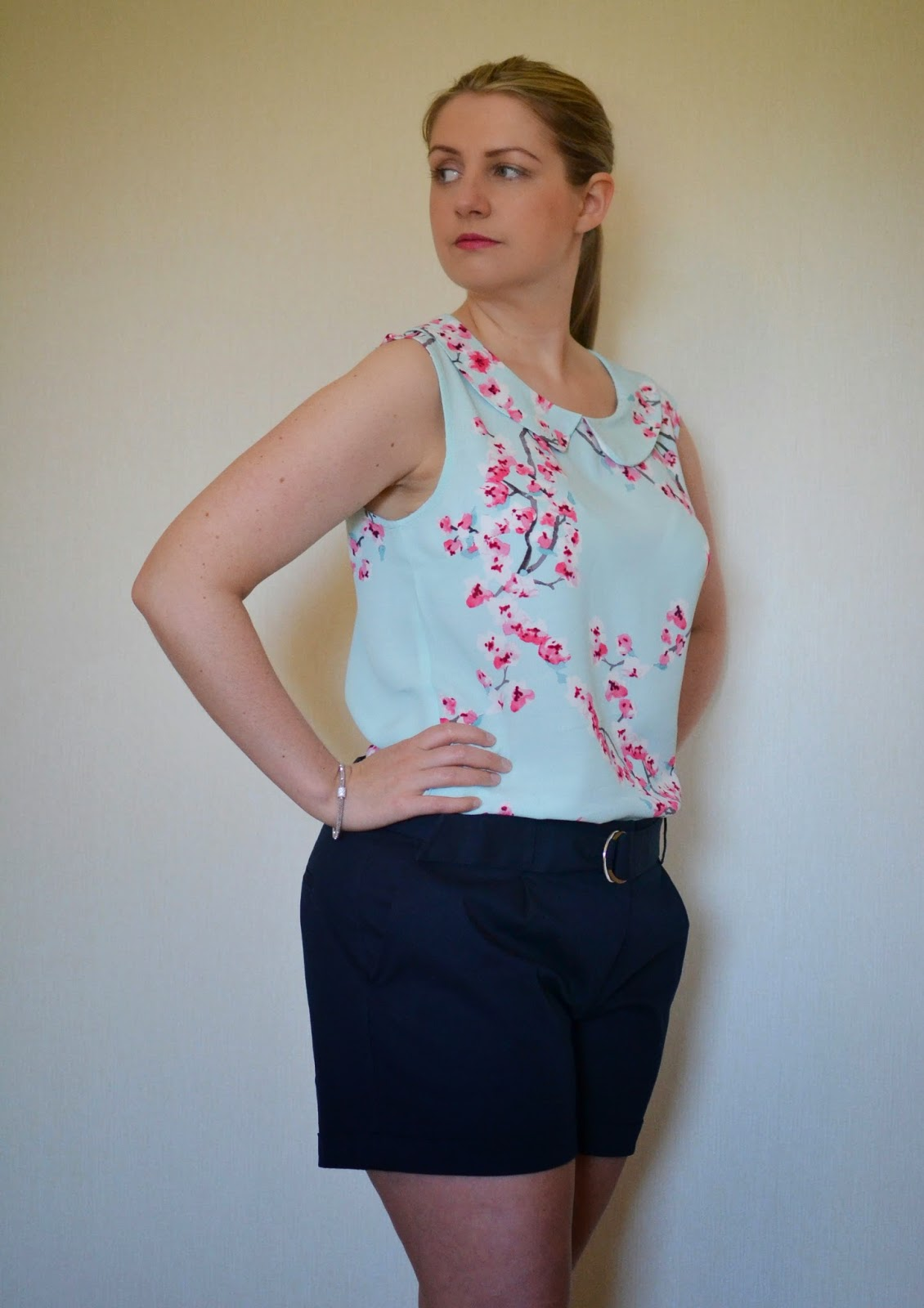 Outfit post Joules top, oasis shorts