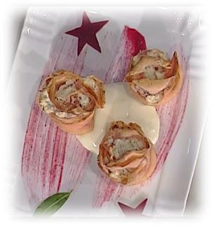 rosette di crespella alla barbabietola con fonduta di fontina da la prova del cuoco