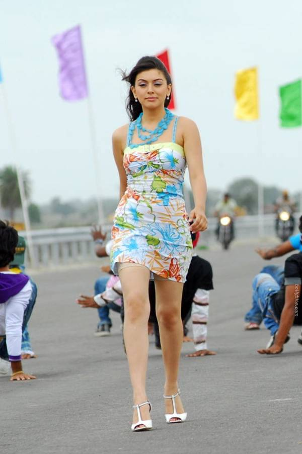 Hansika Motwani Latest Pictures-14