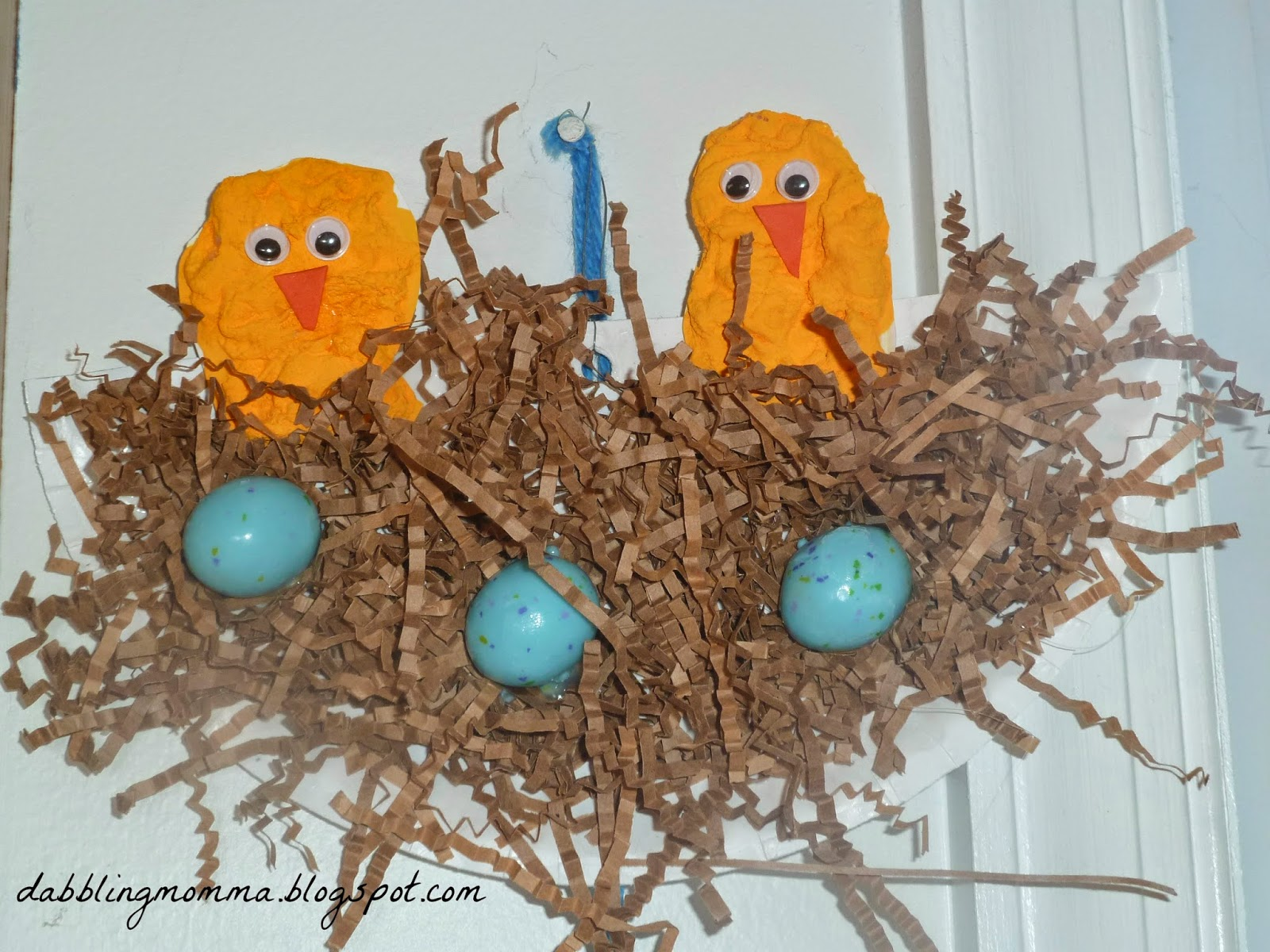 http://dabblingmomma.blogspot.com/2014/04/birds-nest-with-eggs.html