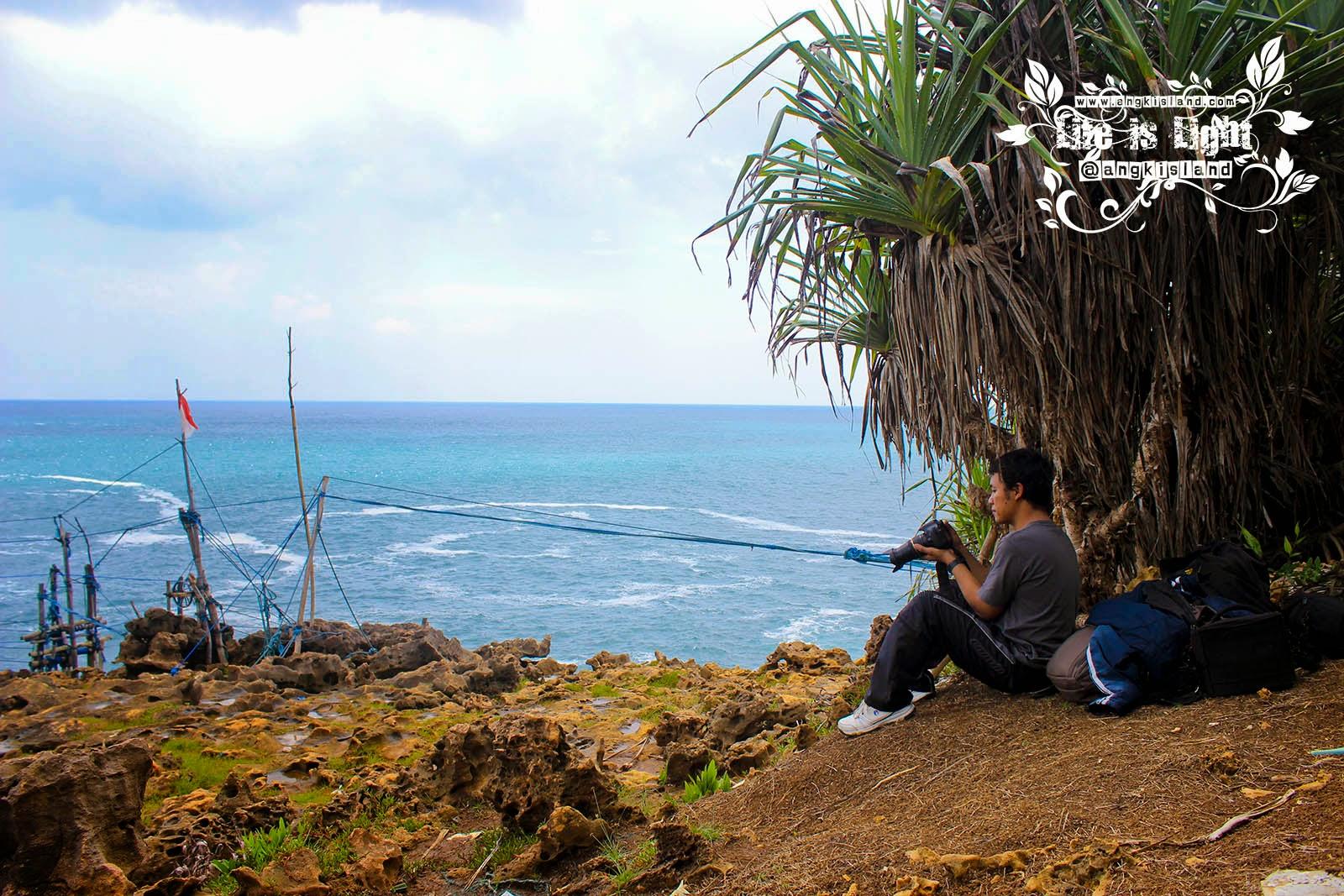 explore Timang
