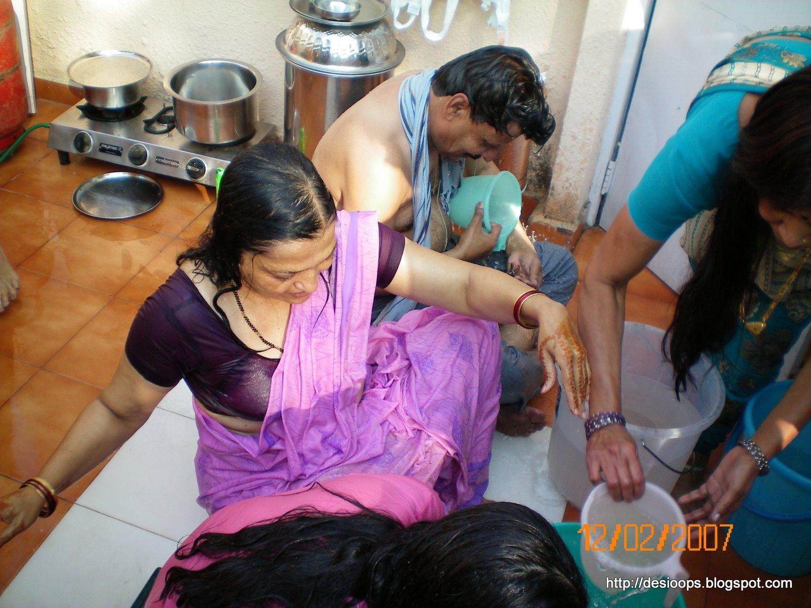 desi voyeur Desi voyeur porn - Voyeur pakistani desi girls wet bra anty visible 6 jpg  1600x1200