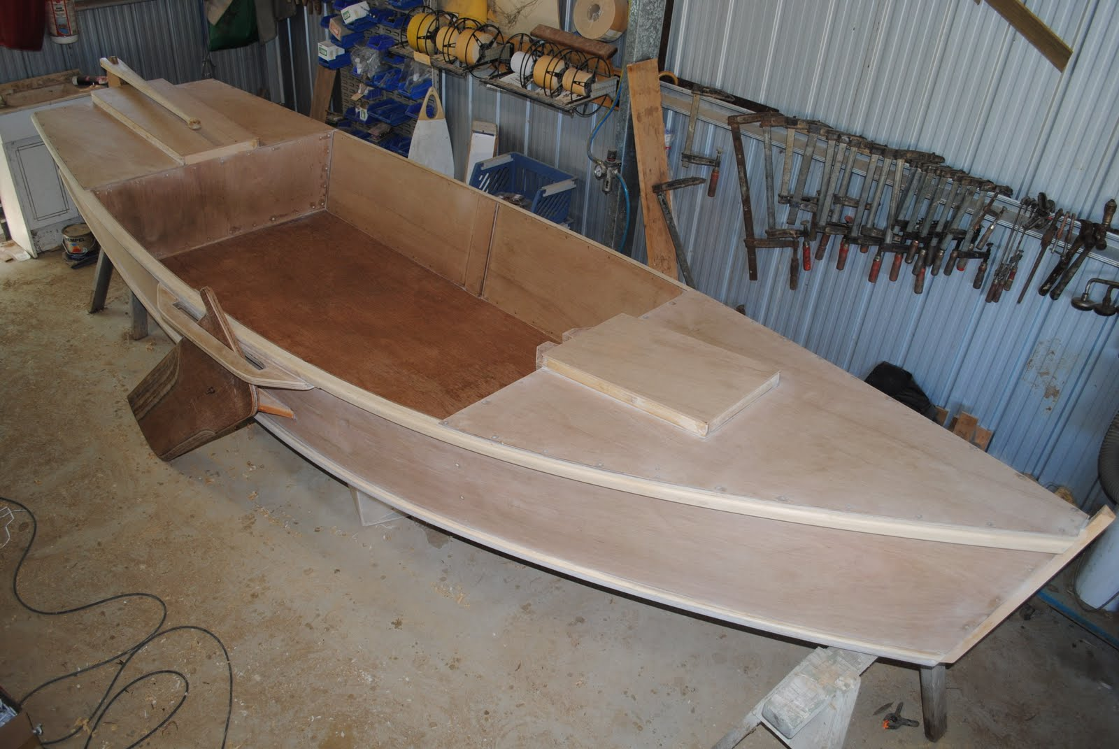 ross lillistone wooden boats photos of a good flat bottomed skiff
