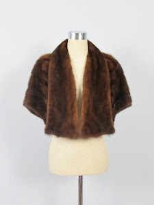 Vintage 1950's Dark Mink Fur Capelet
