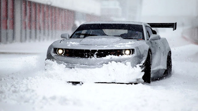 Chevrolet Camaro in Snow