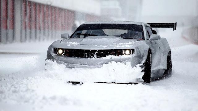 Chevrolet Camaro in Snow