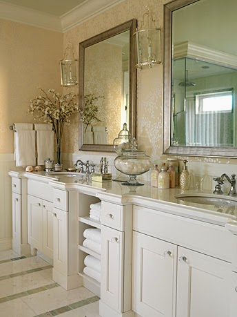 The Relished Roost December - Silver and gold bathroom fixtures
