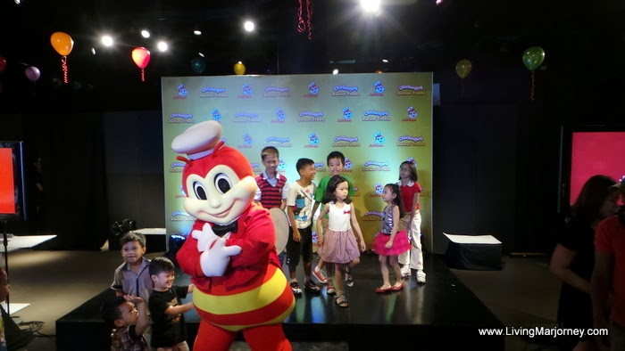 Christmas Party with Jollibee Chickenjoy Bucket Treats, by LivingMarjorney