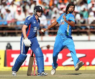 Ishant-Sharma-INDIA-V-ENGLAND-1st-ODI-2013