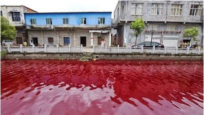 a river in china turns red