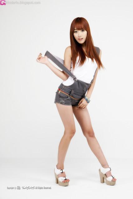 2 Minah in Short Overalls-Very cute asian girl - girlcute4u.blogspot.com