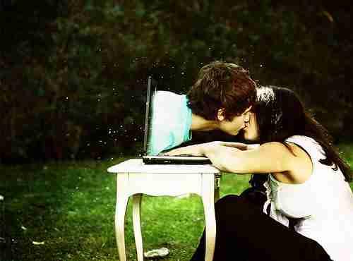 Namoro pela internet pode dar certo