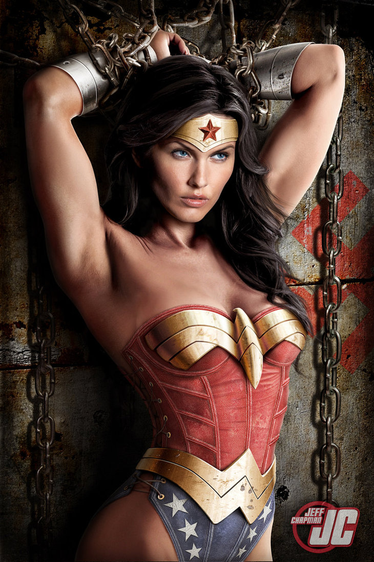 Wonder Woman Sexy Photos Collection 10