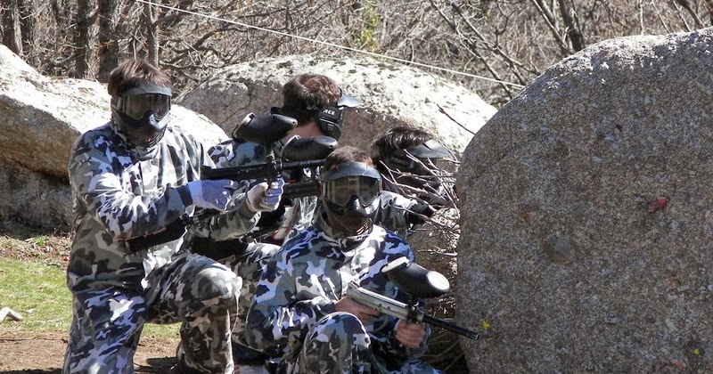 Planes de familia disfrutando del paintball for Megacampo paintball madrid oficinas madrid