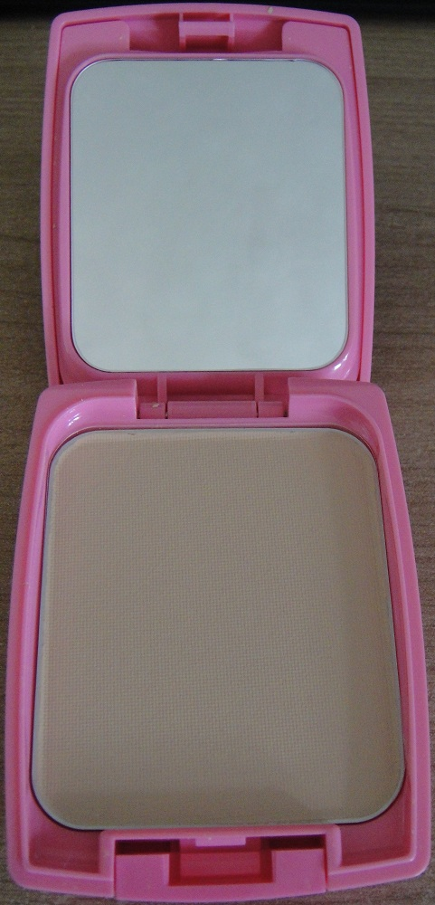Not Enough Lip Gloss Candydoll Powder Foundation Review And Some