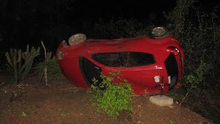 Família sai ilesa após acidente de carro entre Jardim do Seridó e Parelhas no RN