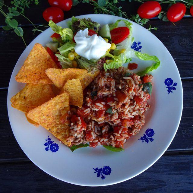 edels mat vin meksikansk gryte med ris. Black Bedroom Furniture Sets. Home Design Ideas