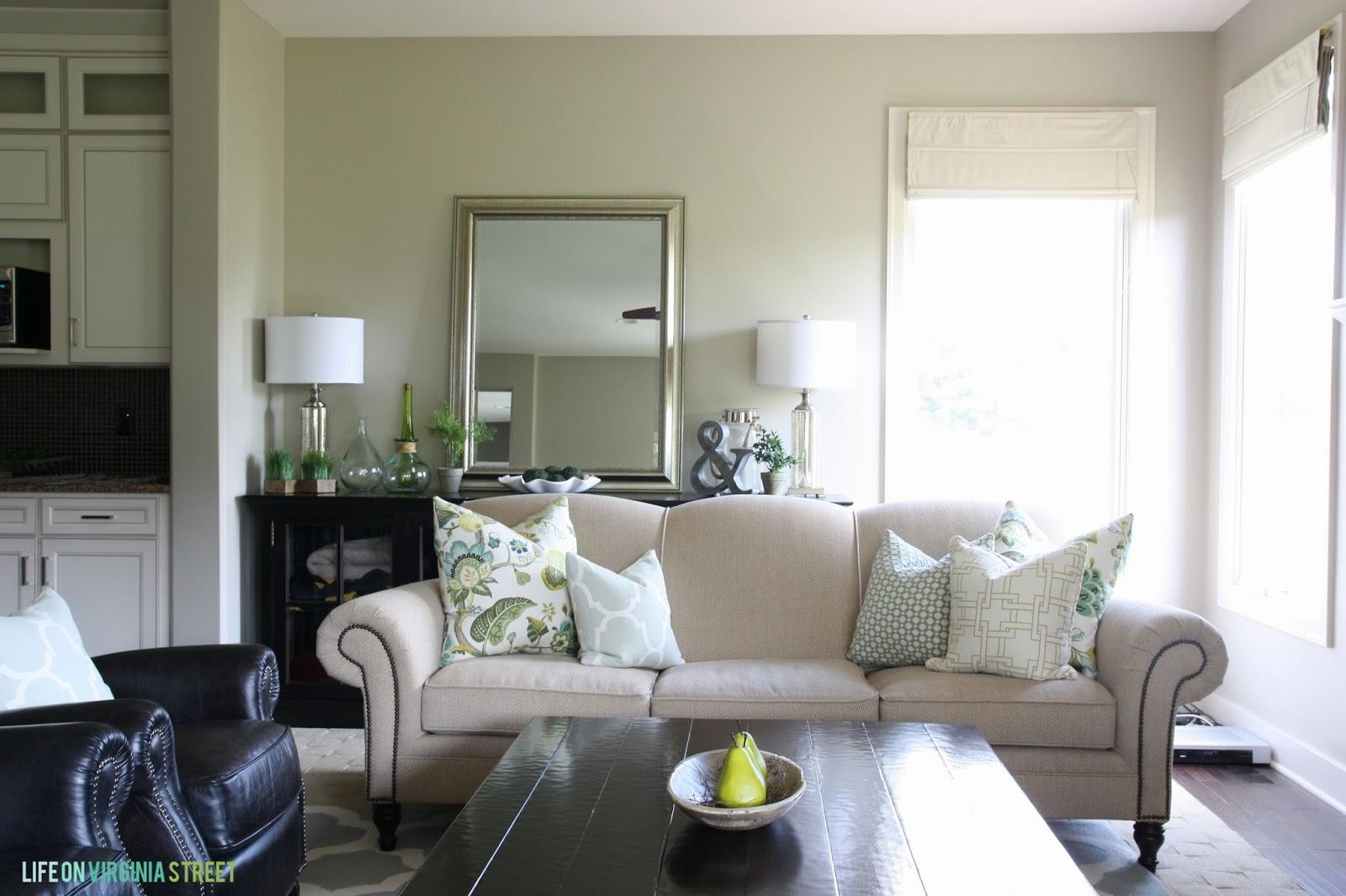 Living Room Decor Life On Virginia Street
