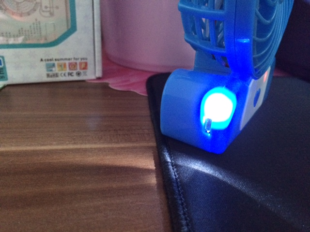lahr2006 testet lingsfire usb ventilator mini usb fan led tischventilator usb. Black Bedroom Furniture Sets. Home Design Ideas