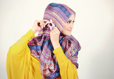 Cara Memakai Jilbab Pashima