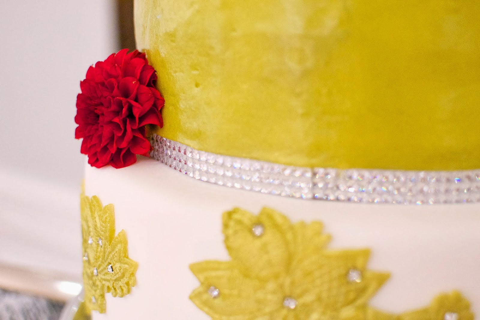 THE MIGHTY BAKER: Gold Wedding Cake & Delicious Dessert Catering